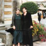 Glückliche Opernfreundinnen in Bayreuth